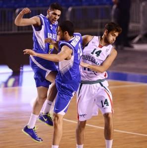 רפי מנקו וגולן גוט. FIBA Europe / Ciamillo-Castoria / Matteo Marchi