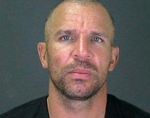 הפוטורצח של ג'ייסון קיד בתחנת המשטרה