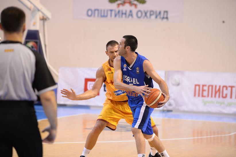 דגן יבזורי במדי נבחרת ישראל.